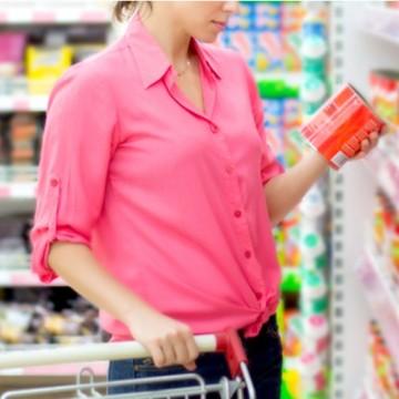 Em maio, intenção de consumo tem a maior queda da história em PE