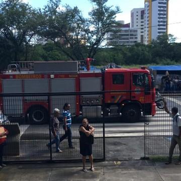 Servidores esvaziam TJPE por causa de princípio de incêndio