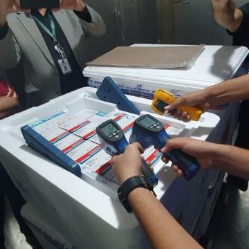 Pernambuco recebe novo lote da vacina Astrazeneca/Fiocruz