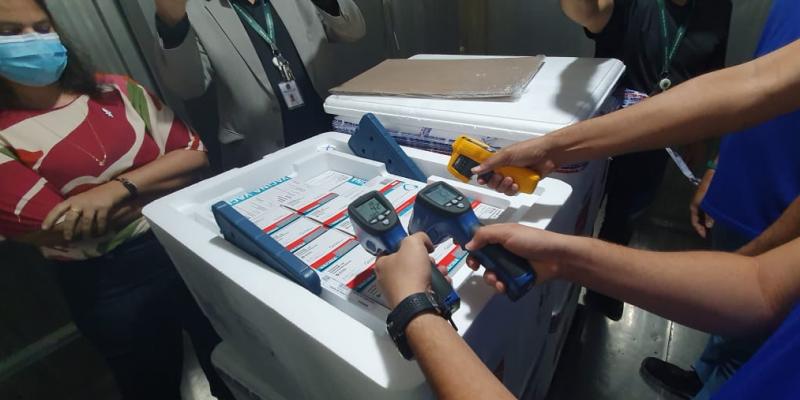insumos foram levados à sede do Programa Estadual de Imunização (PNI-PE)