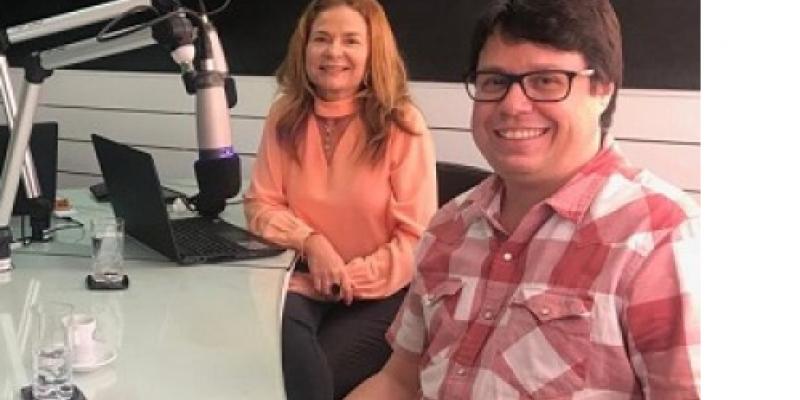 Na entrevista que a jornalista Patrícia Raposo fez com o produtor Gerardo Lopes, da Fábrica Produções, e com a cineasta Maria Pessoa, eles explicam as possibilidades que a lei oferece para a exposição de marcas em salas de cinema, festivais