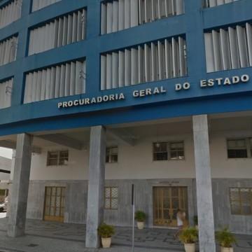 PGE anuncia vagas para estagiários em Direito