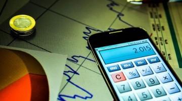 Mercado financeiro projeta queda de 6,1% na economia em 2020