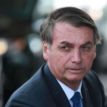 """Presidente Bolsonaro diz que Congresso vai """"sepultar"""" taxação de energia solar"""