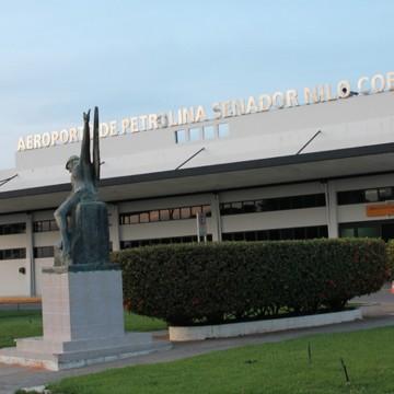 Homens armados, invadem aeroporto de Petrolina para assaltar avião que transportava valores para Salvador