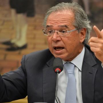 Guedes diz que país vai perder menos empregos em relação à última recessão