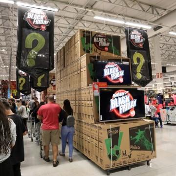 Cerca de 49,7% dos consumidores pernambucanos pretendem comprar na Black Friday