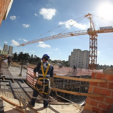 Construção civil sente impacto da Covid-19