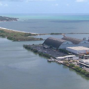Navio alemão atraca no Recife