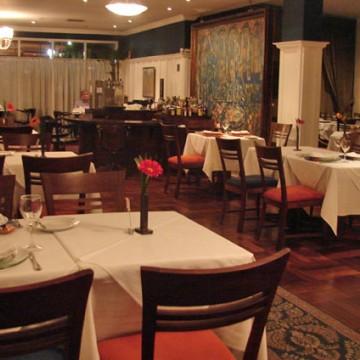 Restaurantes e academias reabrem em grande parte do Estado