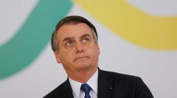 Bolsonaro anuncia que vai reeditar MP do Contrato Verde Amarelo