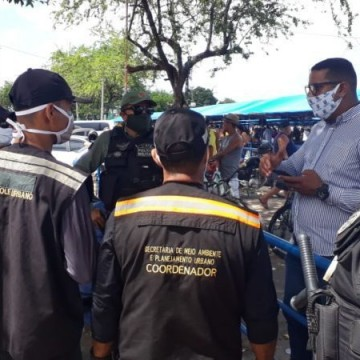 Olinda realiza operações em bairros para fiscalizar isolamento social