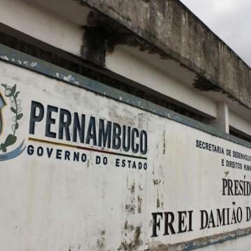 Briga no Complexo do Curado deixa um morto e cinco detentos feridos