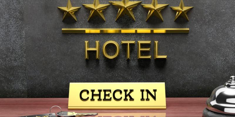 Os prós e contras da reabertura das práticas hoteleiras