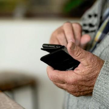 Golpes financeiros contra os idosos crescem durante a pandemia