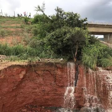 Ministério Público recomenda medidas para resguardar população perto de barragem que pode se romper