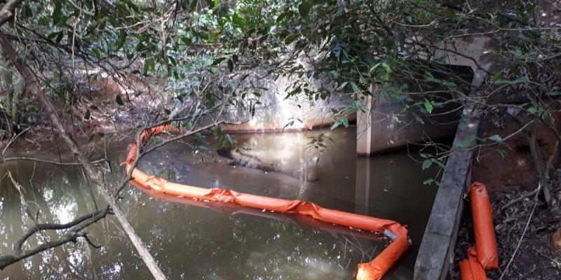O resíduo causou estragos em uma área de 4,5 hectares.