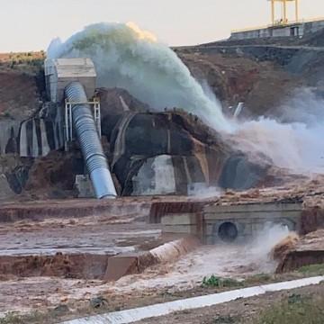 Duas mil pessoas são retiradas de casa, após rompimento da barragem de Jati, no Ceará