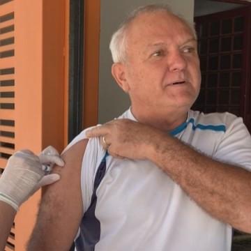 Idosos que residem em Camaragibe podem ser vacinados contra a gripe em casa