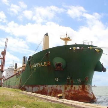 Variante Delta do coronavírus é identificada em tripulantes de navio atracado no Recife