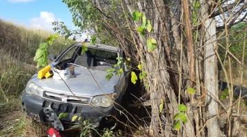 Tentativa de assalto deixa 3 pessoas mortas na BR-232 em Sairé