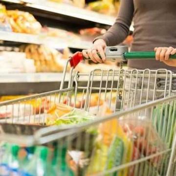 Operação Cesta Básica fiscaliza produtos pré-embalados comercializados