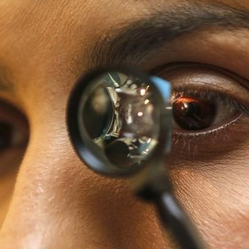 Especialista destaca medidas para prevenir problemas oftalmológicos no verão