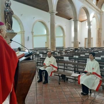 Arquidiocese de Olinda e Recife emite comunicado suspendendo celebrações