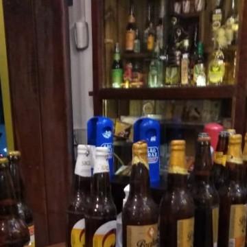 Procon estadual fiscaliza bares e restaurantes