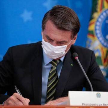 Bolsonaro edita MP que permite suspensão de contratos e salários por até 4 meses