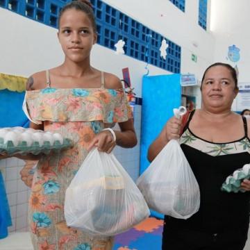 Prefeitura do Jaboatão faz entrega de alimentos e produtos de higiene para abrigos de idosos no município