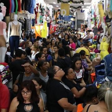 Vendas no comércio varejista crescem 3,6% em janeiro, diz Serasa