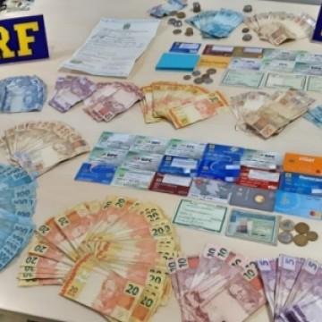 Mãe e filhas são presas por suspeitas de fraudes no INSS