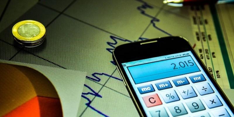 Copom anunciará se reduz a taxa básica de juros da economia, seguindo decisão do FED