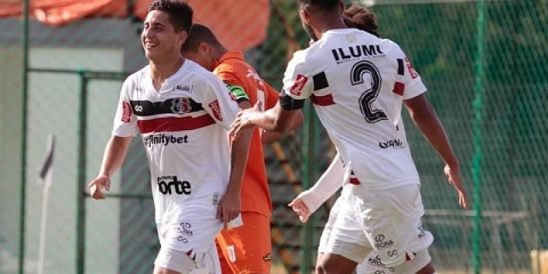 """Na última partida do grupo """"A"""", a equipe tricolor venceu o Atlético-PE por 3x0 no CT Ninho das Cobras"""