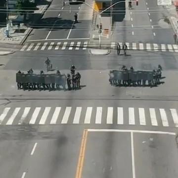 Sobe para 16 o número de policiais militares afastados após ação violenta contra manifestantes no Recife