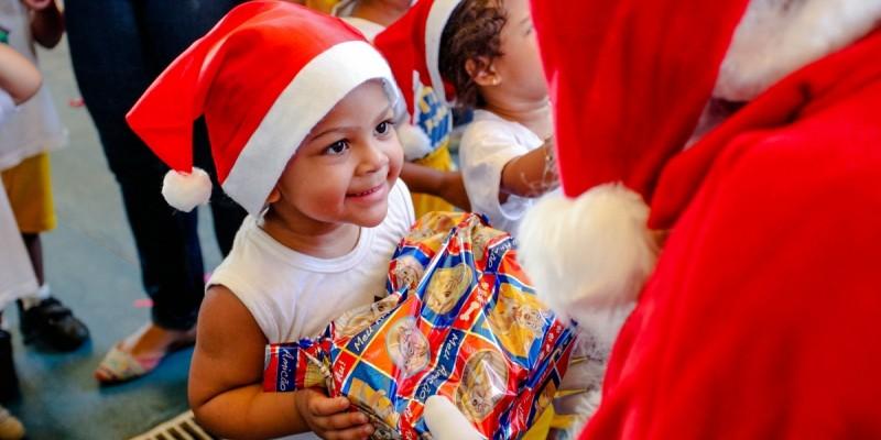 O Natal da Atitude Adotiva visa transformar o natal em uma época mais acolhedora para as crianças e adolescentes acolhidos em pernambuco