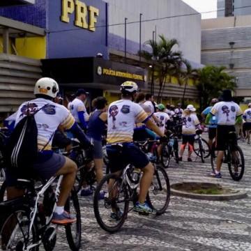 PRF realiza passeio bike-motociclístico em apoio às crianças e adolescentes com câncer