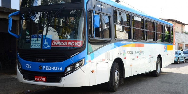 O Grande Recife e os empresários de ônibus terão que comprovar ao Ministério Público de Pernambuco a adoção de medidas preventivas ao contágio e transmissão do coronavírus no âmbito do Sistema de Transporte da RMR