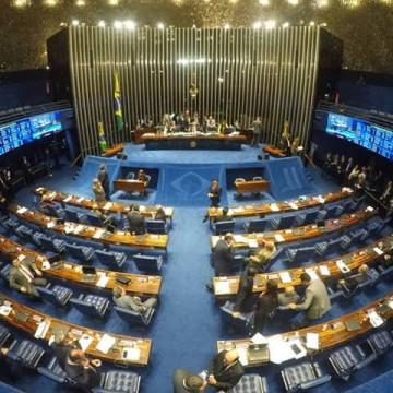 PEC que visa dar celeridade a execução de emendas nos estados e municípios é aprovada