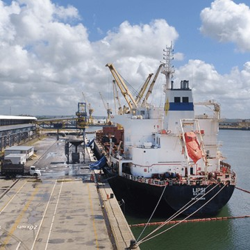 Porto de Suape reativa terminal de granéis sólidos