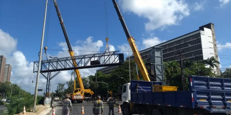 A responsabilidade de construir outra estrutura de concreto ficou sob responsabilidade da Secretaria de Infraestrutura e até o momento nada de obras