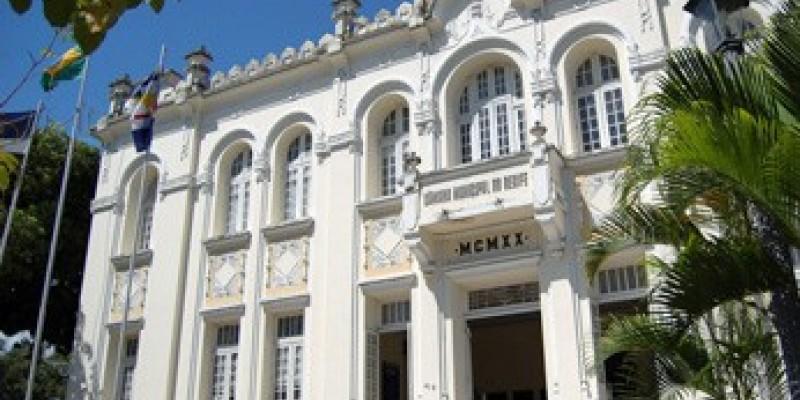 A  Câmara  do Recife retoma os trabalhos parlamentares no dia primeiro de agosto