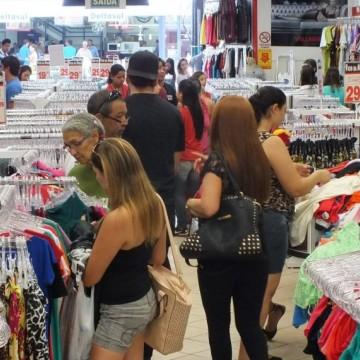 Vendas do comércio acumulam alta de 1,8% em 2019