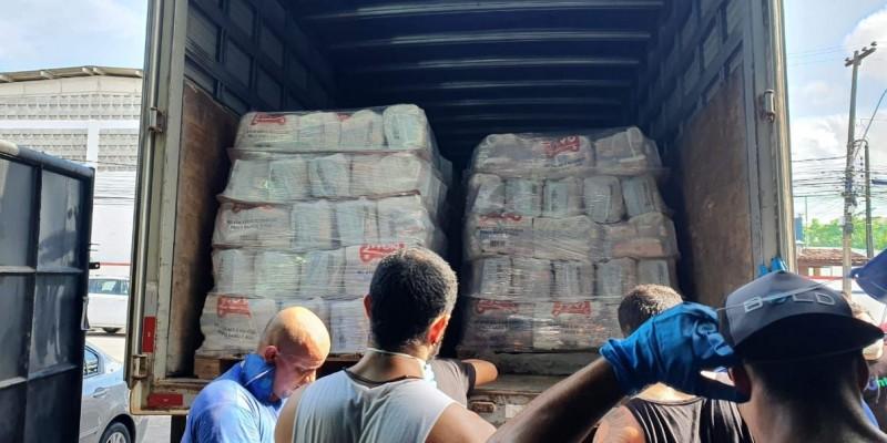 O recurso foi destinado a melhorias em instalações da rede estadual de saúde. Também foram distribuídas 360 toneladas de alimentos para famílias de baixa renda