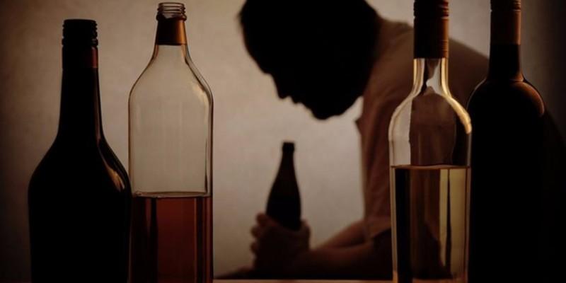Excesso de álcool prejudica o indivíduo e todas as pessoas ao seu redor