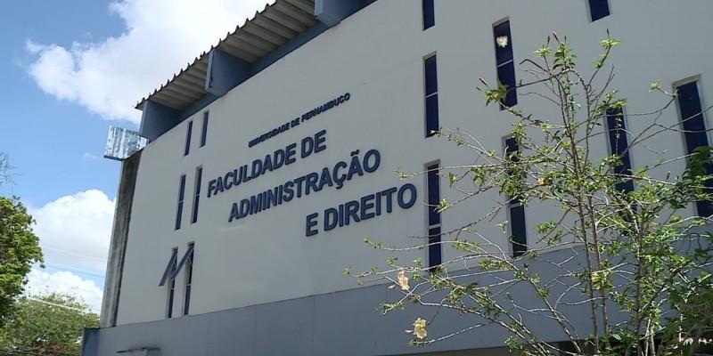 De acordo com a Secretaria de Administração do Estado, a autorização foi dada e a universidade deve fazer a seleção o mais breve possível