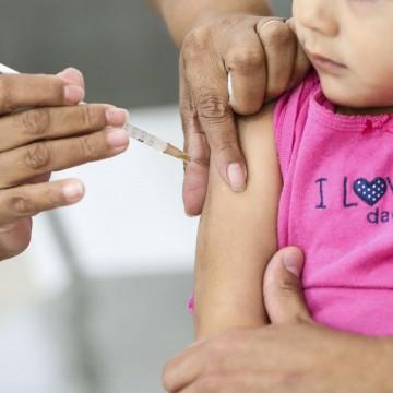 Baixa vacinação de crianças deixa Pernambuco em alerta