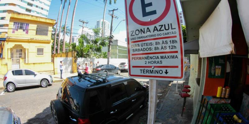 O pagamento do estacionamento rotativo será feito por meio de um aplicativo