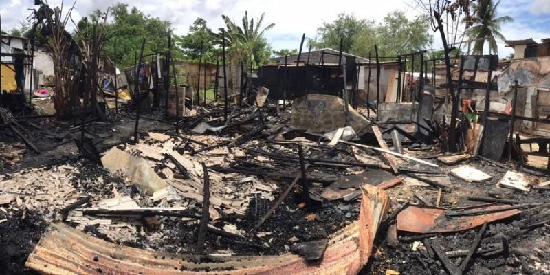 As casas, em sua maioria, eram feitas de madeira, o que contribuiu para que as chamas se espalhassem rapidamente